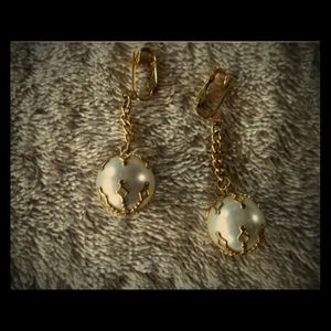 Jewelry - VTG SIGNED CELEBRITY CLIP EARRINGS FAUX PEARLS